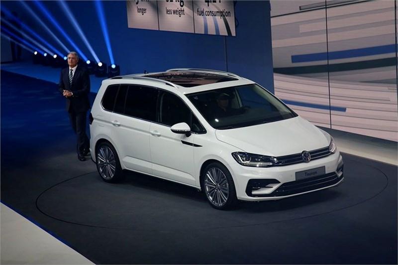 Volkswagen Touran нового поколения скоро появится на российском рынке