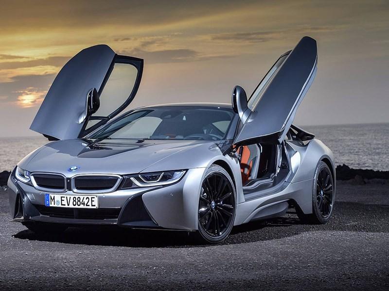 BMW решила не делать новые поколения i3 и i8 Фото Авто Коломна