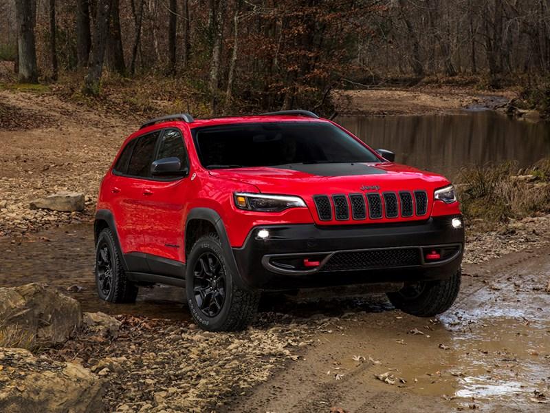 Jeep показал обновленный Cherokee