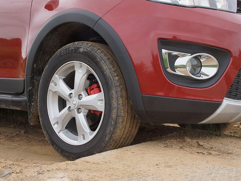 Great Wall Hover M4 2012 преодоление препятствия