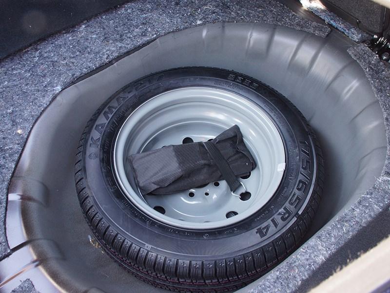 Datsun on-DO 2014 запасное колесо