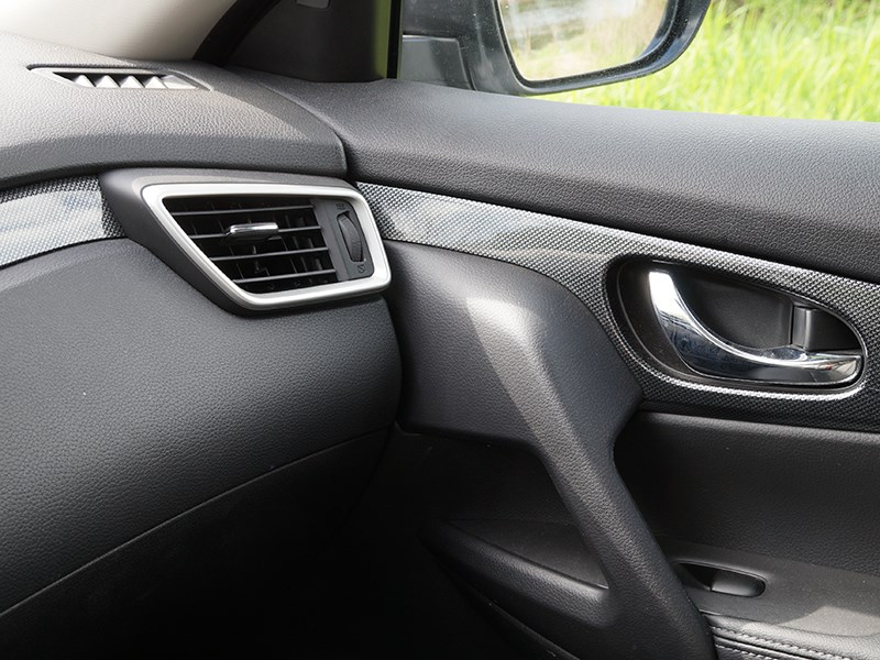 Nissan X-Trail 2014 интерьер