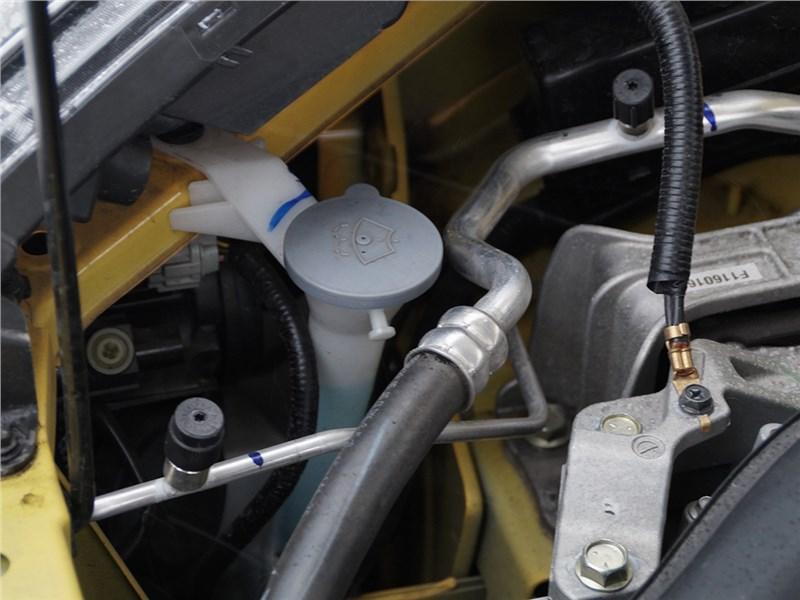 Nissan Juke 2015 двигатель