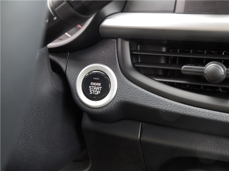 Kia Picanto 2017 кнопка Start/Stop Engine