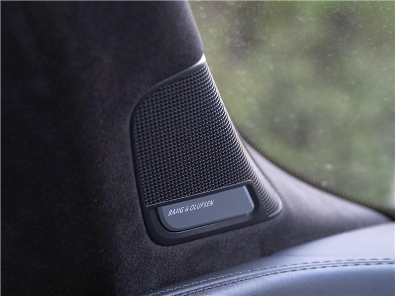 Audi Q7 S-Line 2016 динамики