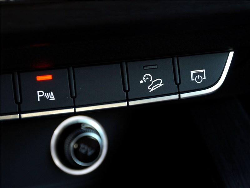 Audi A4 allroad quattro 2016 система помощи при спуске