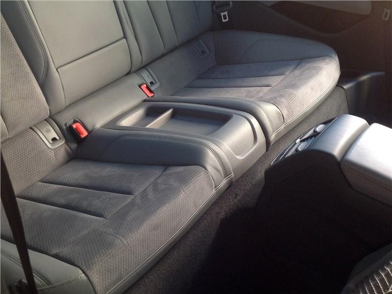 Audi A5 Coupe 2017 второй ряд