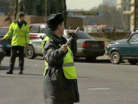 Перед репетициями Парада Победы по улицам пройдут эвакуаторы