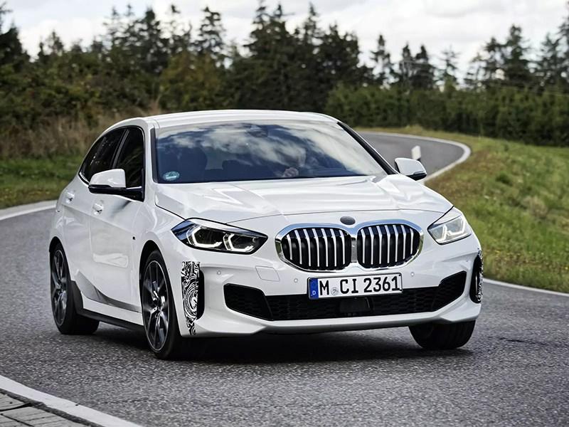 """Хэтчбек BMW 1 серии получит """"злую"""" версию для молодых"""