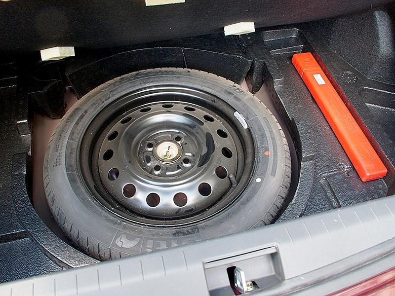 Lifan Celliya 2014 запасное колесо