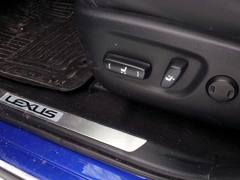 Lexus NX 2014 водительское кресло