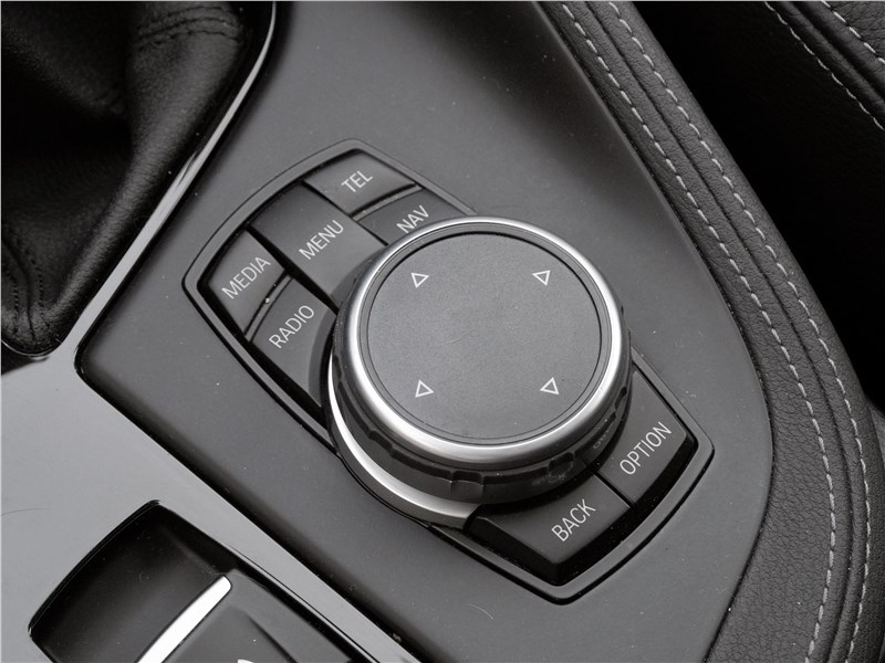 BMW X1 2016 блок управления мультимедиасистемой