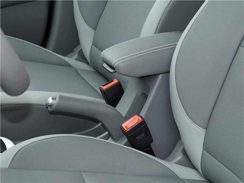 Kia Picanto X-Line 2017 передние кресла