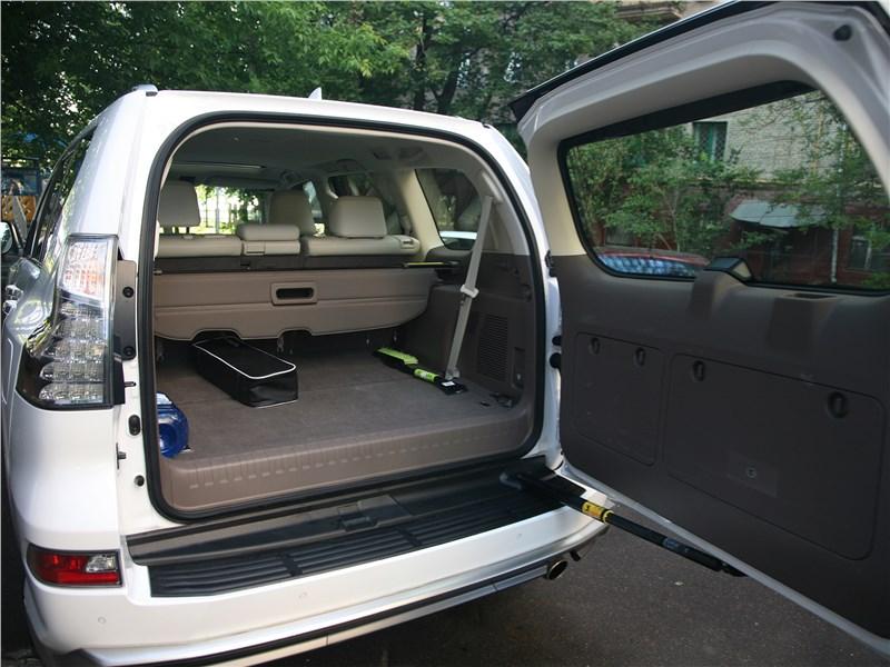 Lexus GX 460 2014 багажное отжедение
