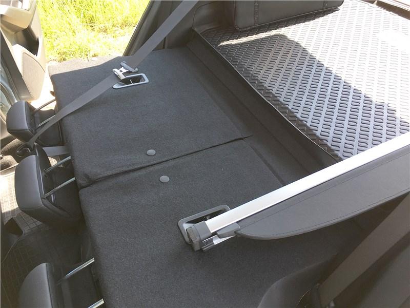 Subaru XV 2018 спинки заднего ряда
