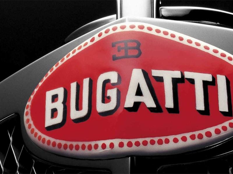 Глава Bugatti заявил об ориентации на ДВС