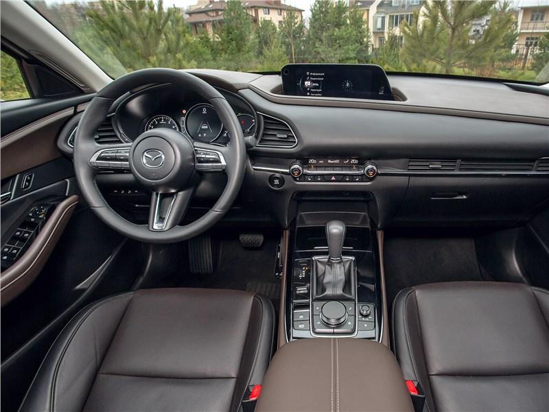 Mazda CX-30 (2020) салон