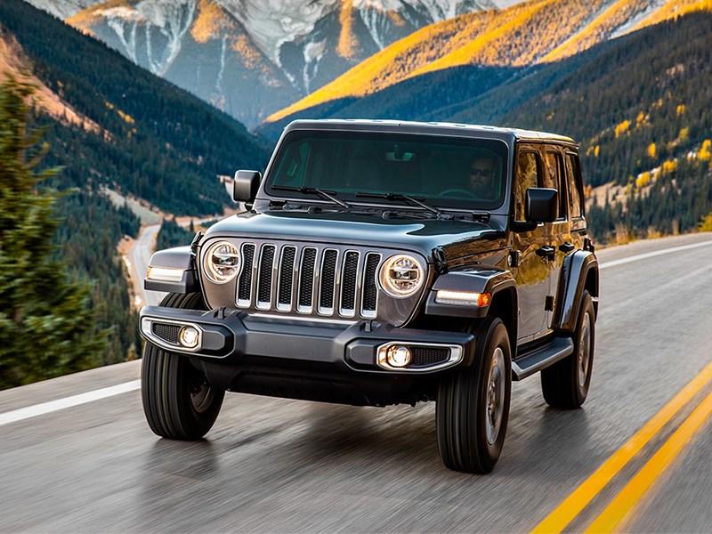 Внедорожники Jeep получили необычное лобовое стекло