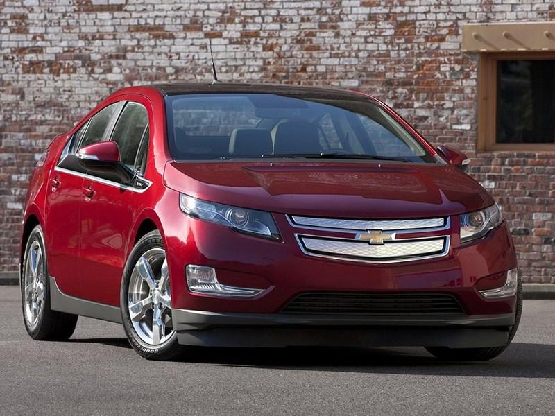 Chevrolet сбрасывает цены на электромобиль с увеличенным запасом хода