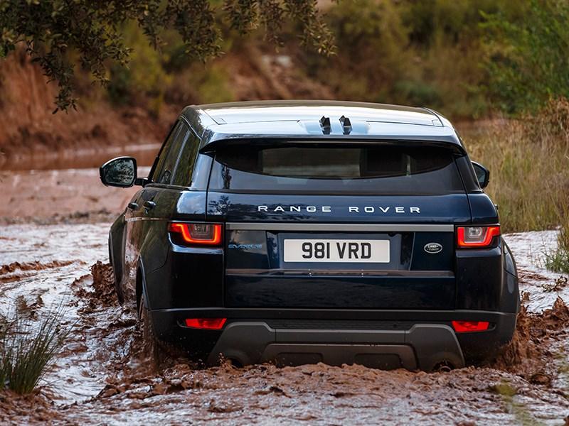 Land Rover Range Rover Evoque 2016 вид сзади