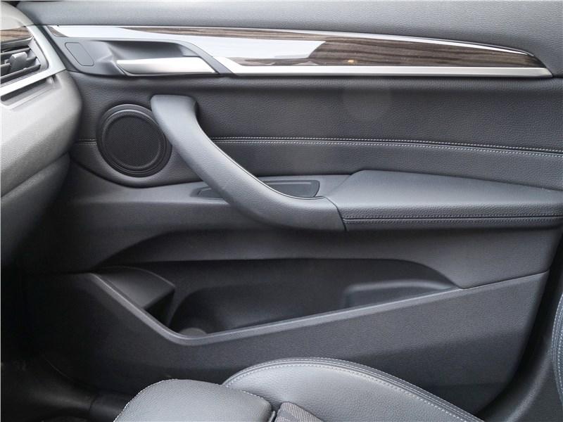 BMW X1 2016 отделка салона