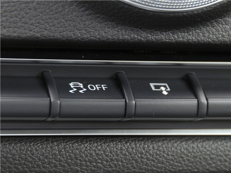 Audi A3 Sedan 2017 кнопки