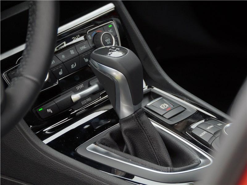 BMW 2 Series Active Tourer 2017 6АКПП