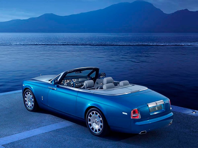 Rolls-Royce Phantom Drophead Coupe Waterspeed Collection 2014 вид сзади
