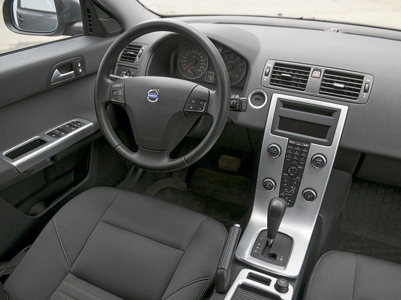 вольво s40 второго поколения