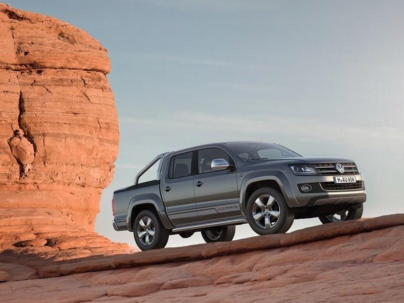 Volkswagen Amarok Ultimate 2015 вид спереди сбоку