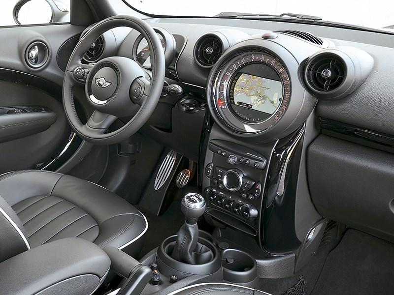 MINI Cooper S Countryman 2015 водительское место