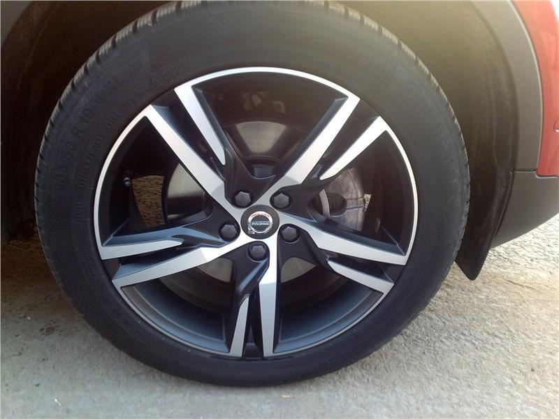 Volvo XC40 2018 колесо