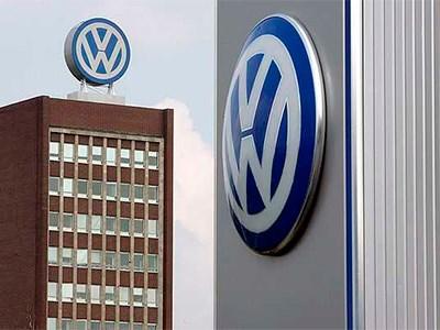 Volkswagen озвучил дату появления в России новых Jetta, Touareg и Scirocco
