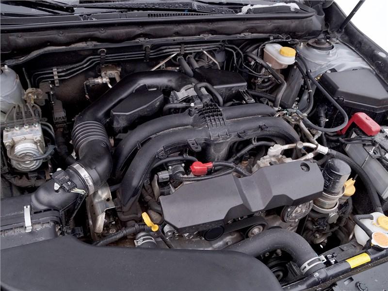 Subaru Outback 2015 двигатель