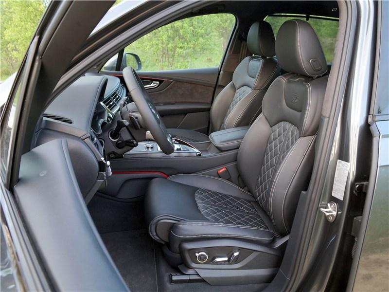 Audi Q7 S-Line 2016 передние кресла
