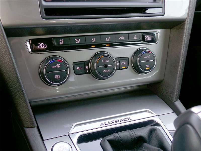 Volkswagen Passat Alltrack 2016 управление климат-контролем