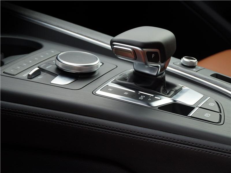 Audi A4 allroad quattro 2016 7АМКП