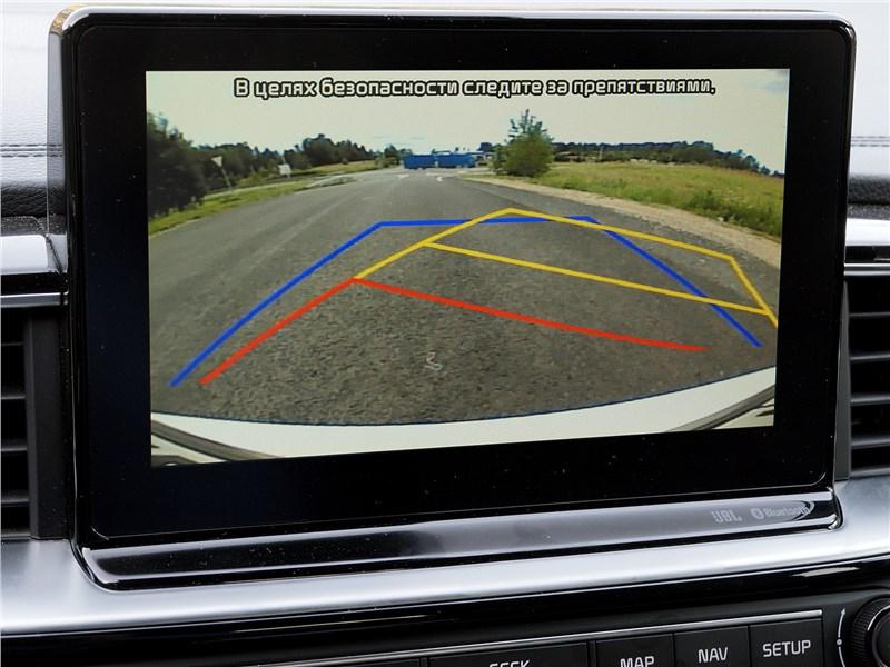 Kia ProCeed GT 2019 центральный дисплей