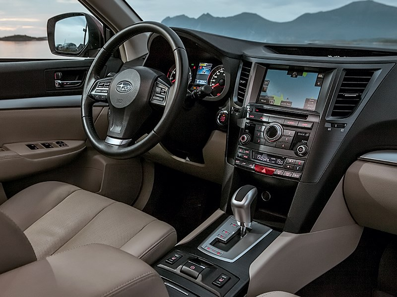 Subaru Forester 2013 салон