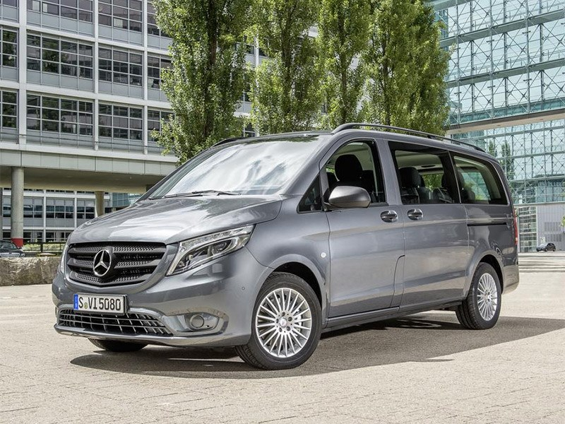 Mercedes-Benz Vito Tourer 2015 вид спереди