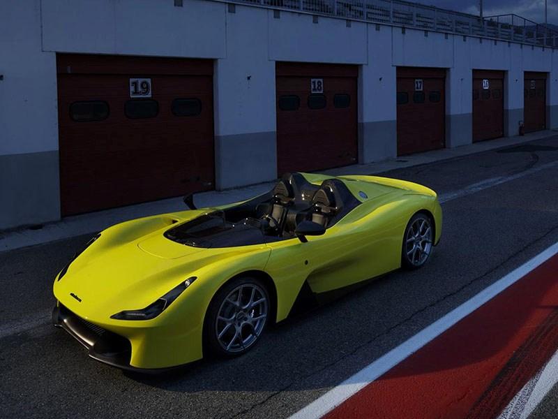 Производитель гоночных шасси Dallara выпустил 1-ый автомобиль
