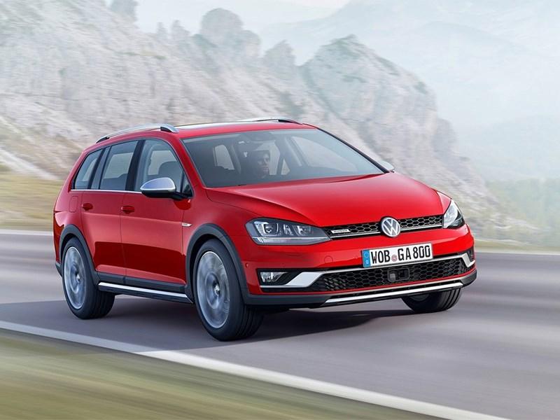 Volkswagen Golf Alltrack 2015 вид спереди