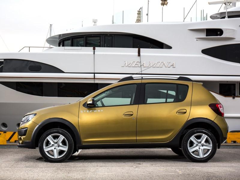 Renault Sandero Stepway 2015 вид сбоку