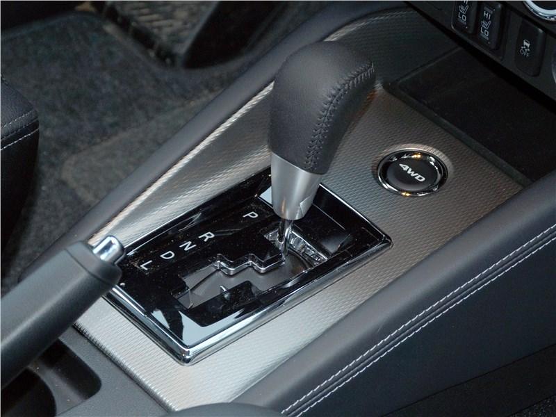 Mitsubishi ASX 2017 селектор вариатора