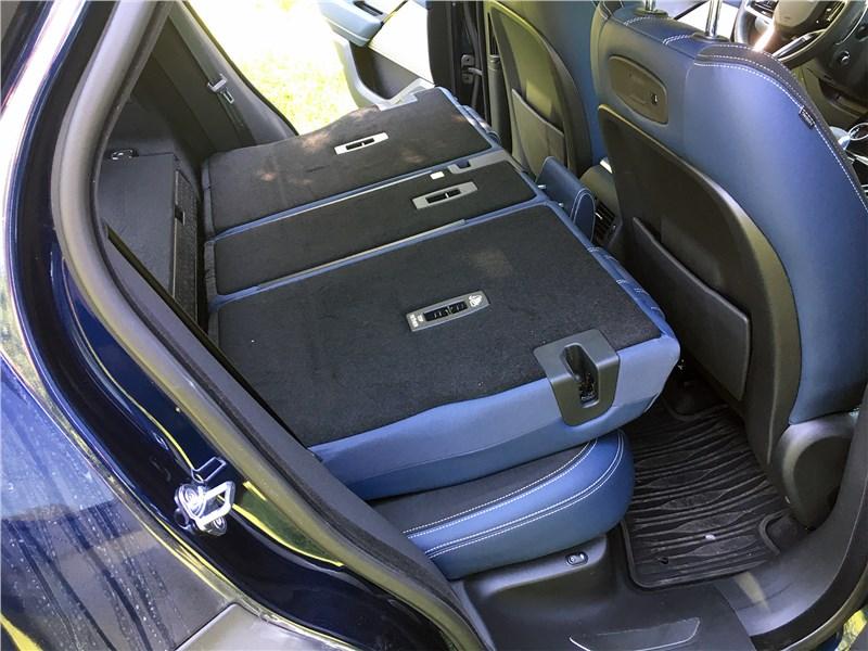 Land Rover Range Rover Velar (2021) задний диван