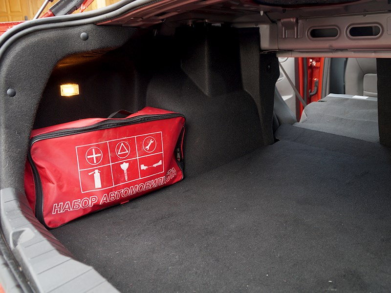 Chery Arrizo 7 2014 багажное отделение