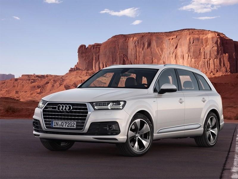Audi Q7 2015 вид спереди