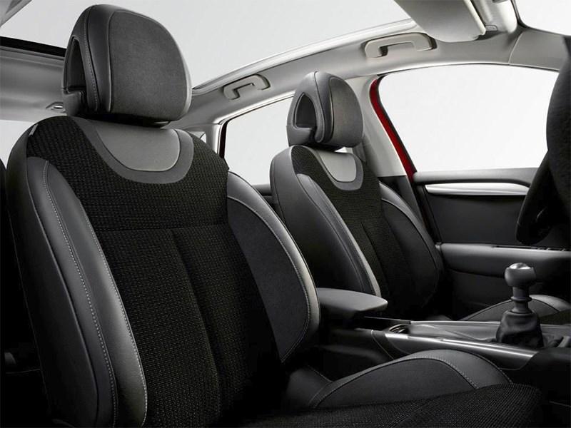 Citroen C4 2015 передние кресла