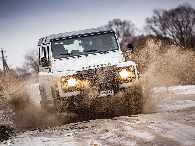 Land Rover Defender 110 2012 вид спереди