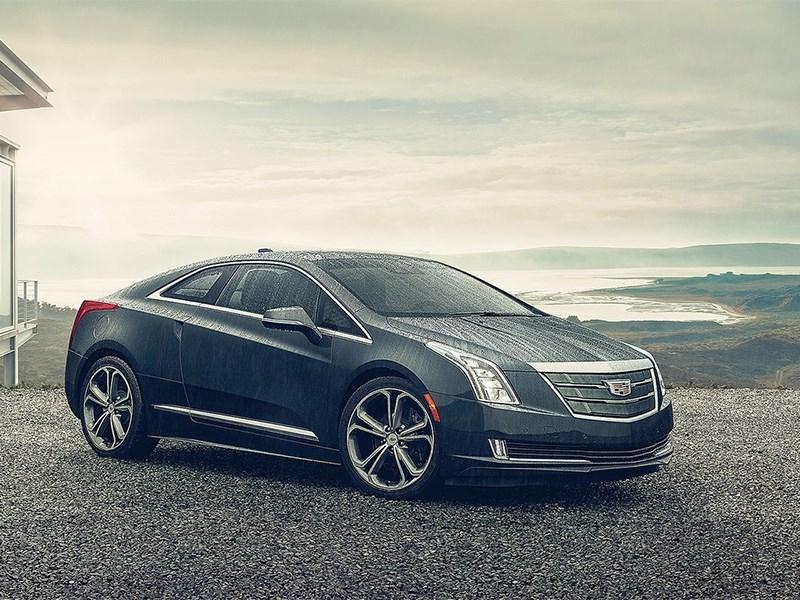 Cadillac ELR 2016 вид спереди